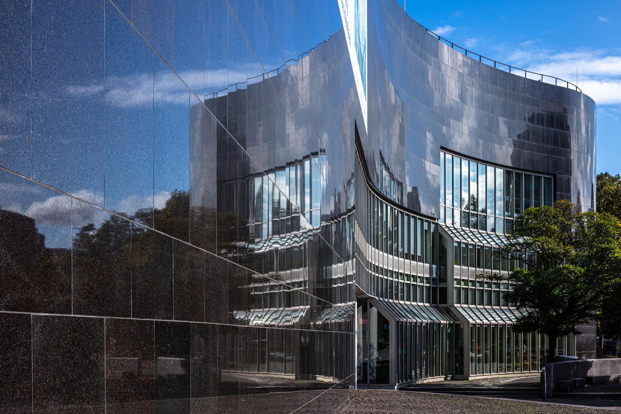 Kunstsammlung Nordrhein Westfalen NRW Düsseldorf K20 Grabbeplatz ArtJunk