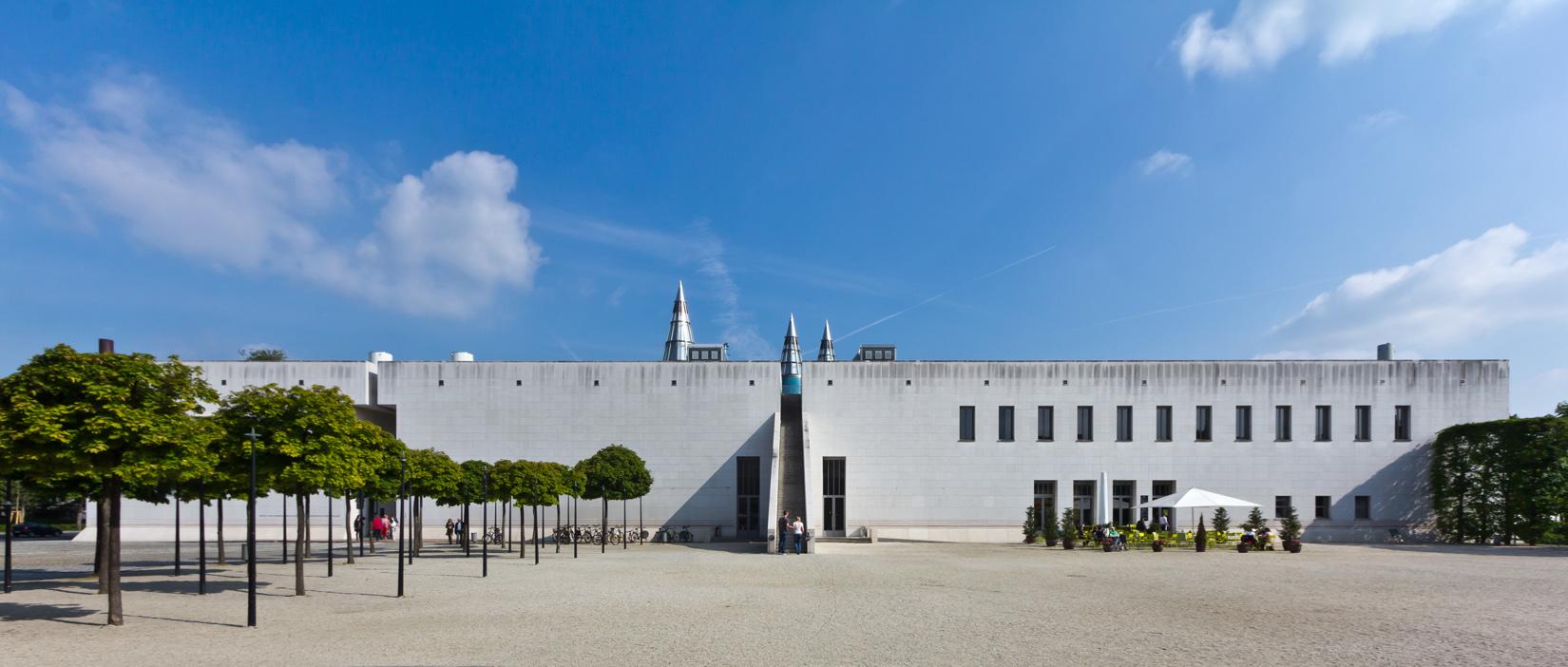 Kunst- und Ausstellungshalle der Bundesrepublik Deutschland Bundeskunsthalle Bonn ArtJunk